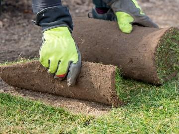 Petite explication sur la pose de votre pelouse